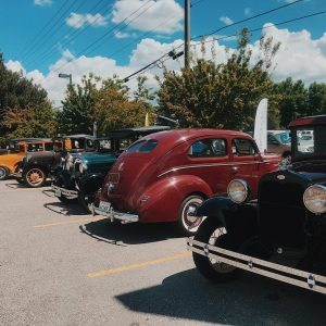 Woody's Car Show